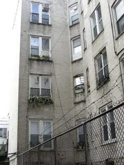 Alku 1 courtyard, Beth Higgins